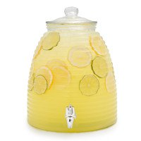 Frugalista_LaborDayhosts_Beehive Beverage
